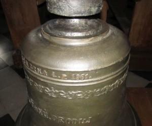 očištěný zvon P. M. Pomocnice křesťanů vyroben v 1861 v České u Brna